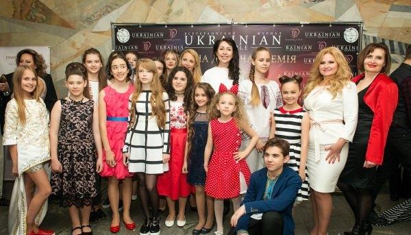 """ФОТООТЧЕТ С ПРЕМИИ """"UKRAINIAN KIDS AWARDS"""", ГДЕ УЧЕНИКИ ШКОЛЫ ЭСТРАДНОГО МАСТЕРСТВА """"TALANT PRODUCTION"""" СТАЛИ ПОБЕДИТЕЛЯМИ"""