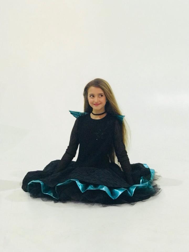 "Артистка ""Talant Production"" Дарья Жаркова в фотосессии для глянцевого журнала «Elite World""."