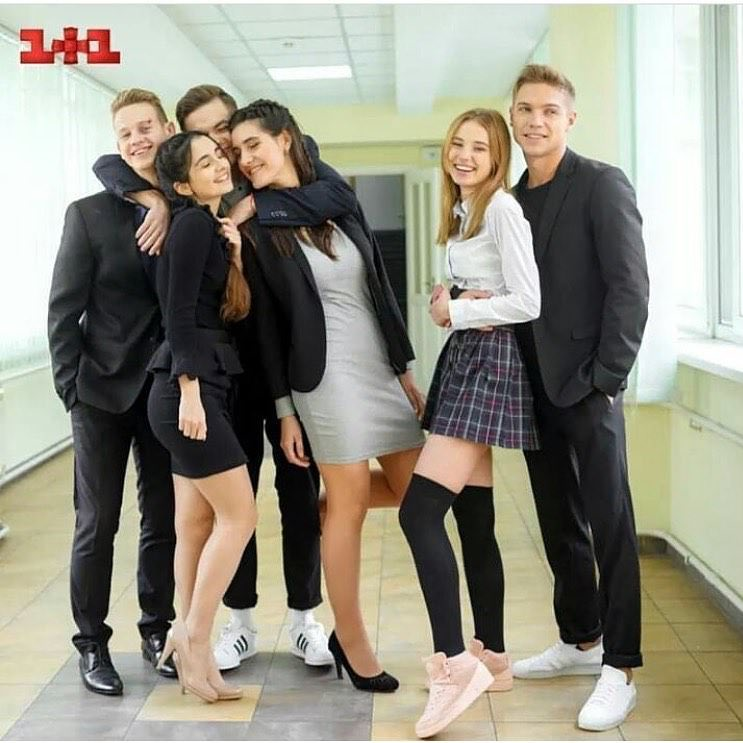 """Анна Тринчер одна из главных героинь сериала """"Школа"""