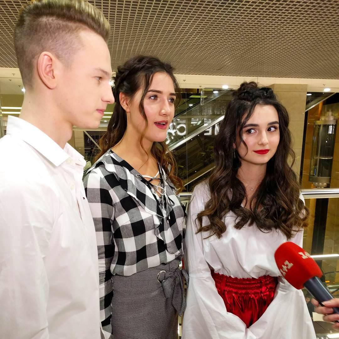 """Вчера, в киевском торговом центре Гулливер прошла фан-встреча актеров успешного сериала """"Школа"""""""