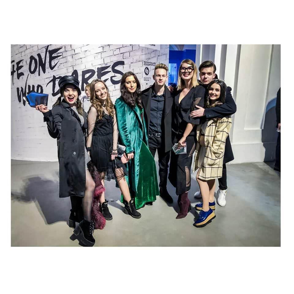 "Артистка ""Talant Production"" Анна Тринчер посетила Ukrainian Fashion Week 2018"