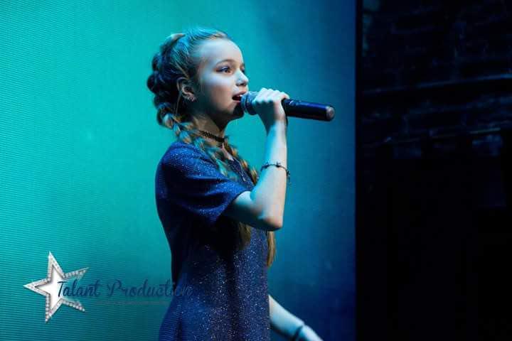 """Артистка """"Talant Production"""" Анастасия Петрик с премьерой нового трека """"Hurt"""""""