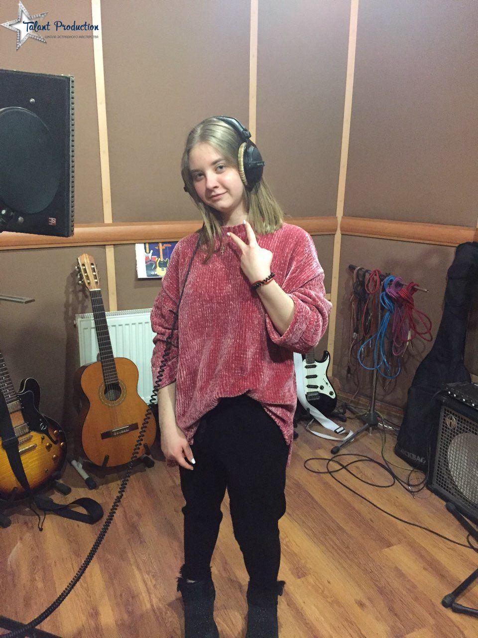 """Артисты """"Talant Production"""" в студии на записи нового материала"""